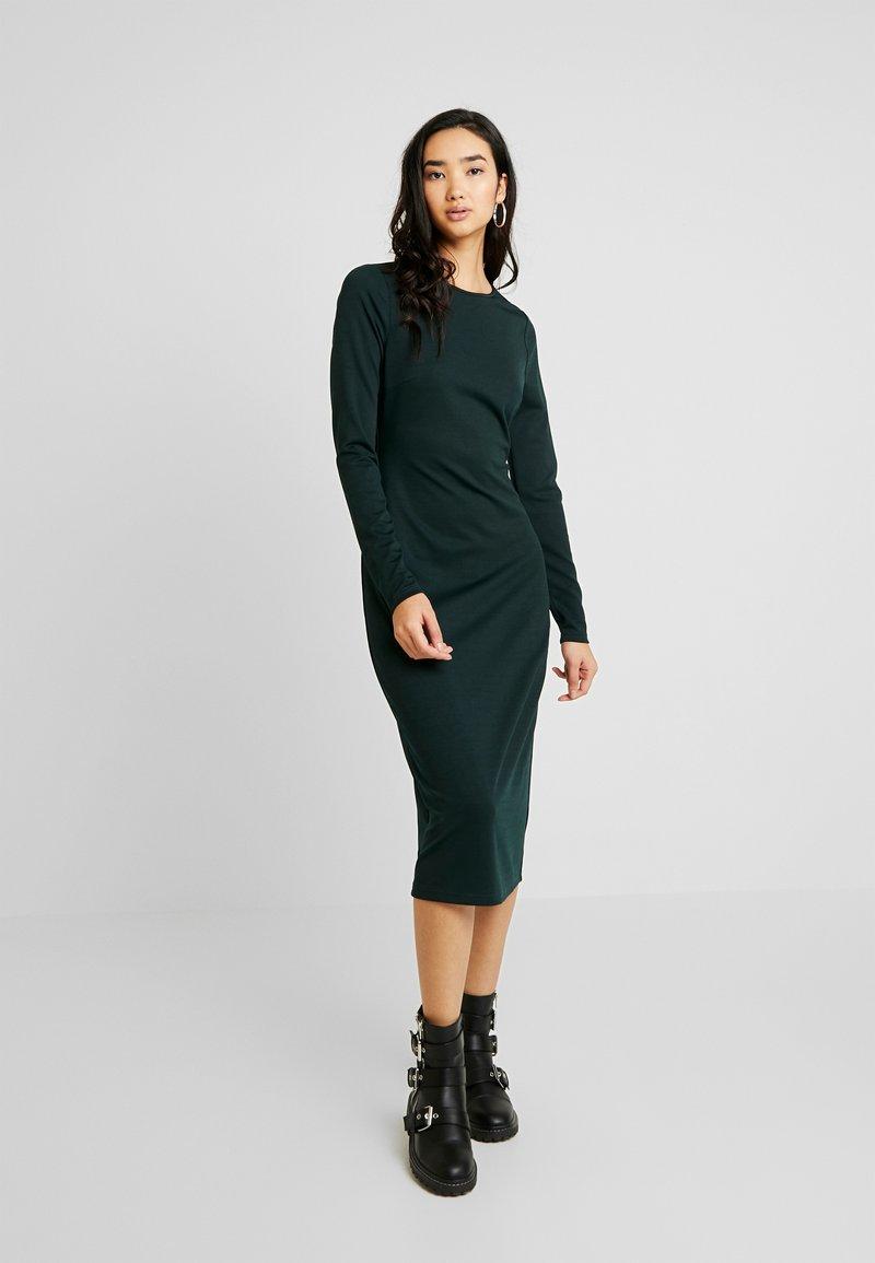 Lost Ink - TWIST BACK BODYCON DRESS - Etuikjoler - dark green