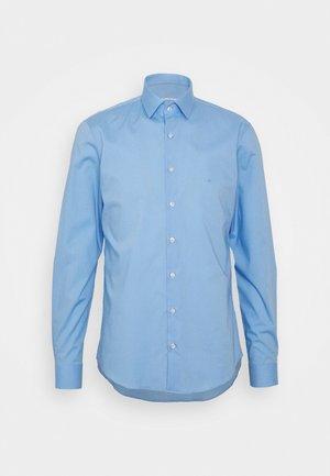 STRETCH SLIM SHIRT - Koszula biznesowa - blue