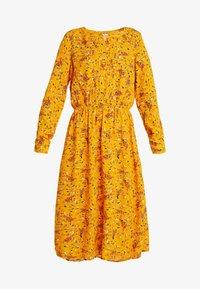 TOM TAILOR - DRESS WITH PINTUCKS - Košilové šaty - yellow - 4