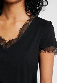 Morgan - DMINOL - Print T-shirt - noir - 5