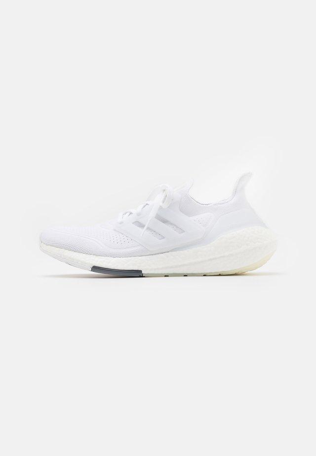ULTRABOOST 21 - Neutrale løbesko - footwear white/grey three