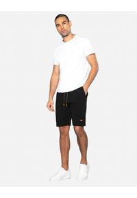 Threadbare - Shorts - schwarz - 1