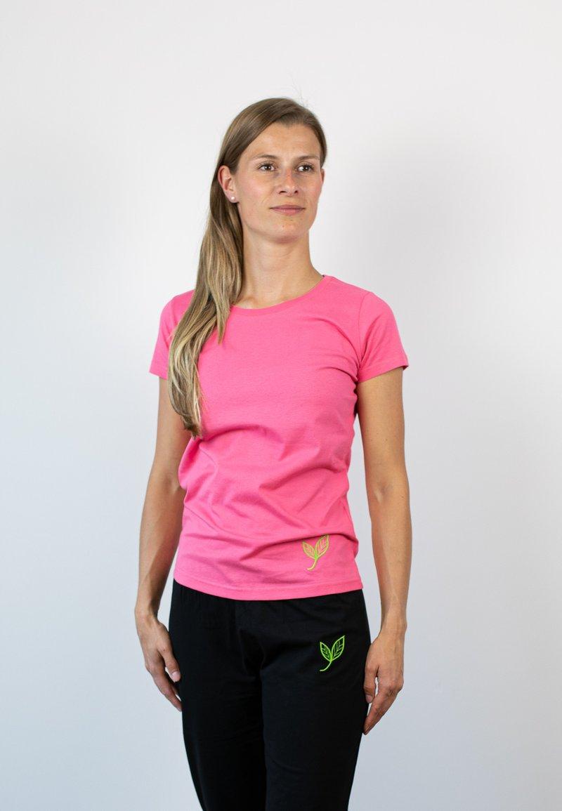 Biyoga - Basic T-shirt - rosa
