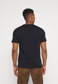 Converse - CHUCK TAYLOR ALL STAR PATCH GRAPHIC TEE - Print T-shirt - black - 2