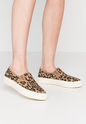 VEGAN HARPER  - Slip-ons - brown