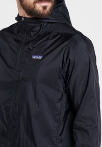 Patagonia - HOUDINI - Outdoor jacket - black - 4