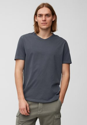 Basic T-shirt - total eclipse