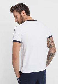 Tommy Hilfiger - TEE - Haut de pyjama - white - 2