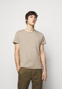 Filippa K - ROLL NECK TEE - Basic T-shirt - desert taupe - 0