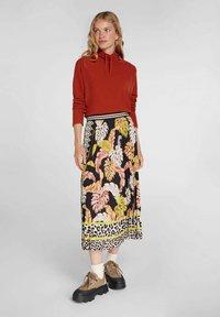 Oui - A-line skirt - black camel - 1