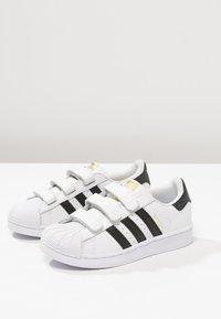 adidas Originals - SUPERSTAR FOUNDATION - Sneakers basse - white - 2