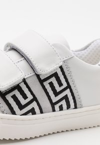 Versace - UNISEX - Trainers - white/gold - 5
