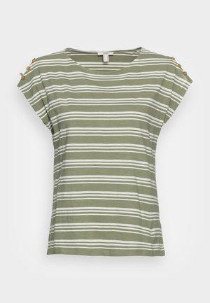 BUTTON - T-shirts med print - light khaki