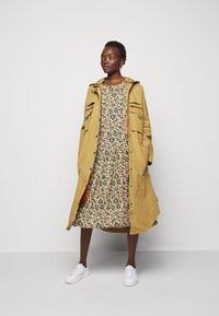 CECILIE copenhagen - JOSÉ - Day dress - army - 1