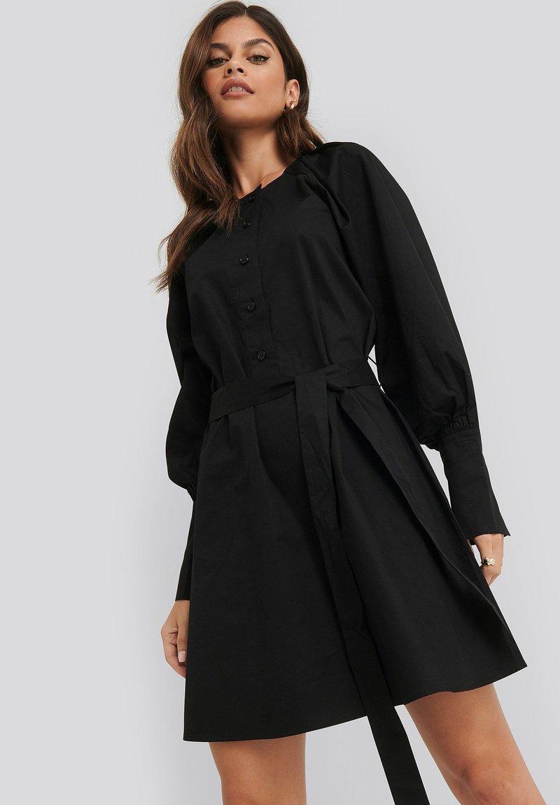 NA-KD - BALLOON SLEEVE - Day dress - black