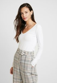 Anna Field - BASIC - T-shirt à manches longues - white - 0