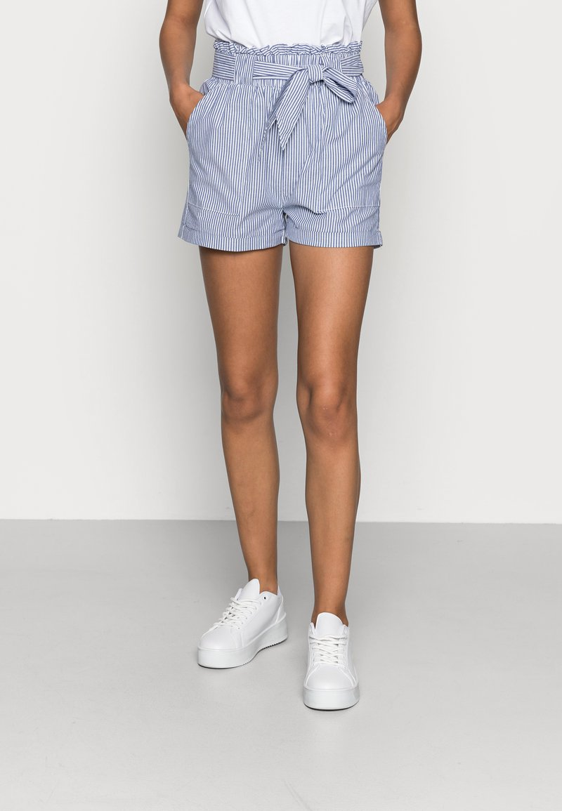 ONLY - ONLSMILLA BELT - Shorts - medium blue denim