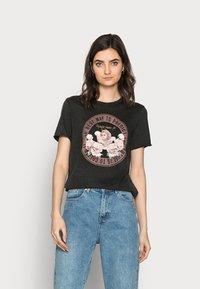ONLY Tall - ONLLUCY LIFE CHERUB BOX - Camiseta estampada - black - 0