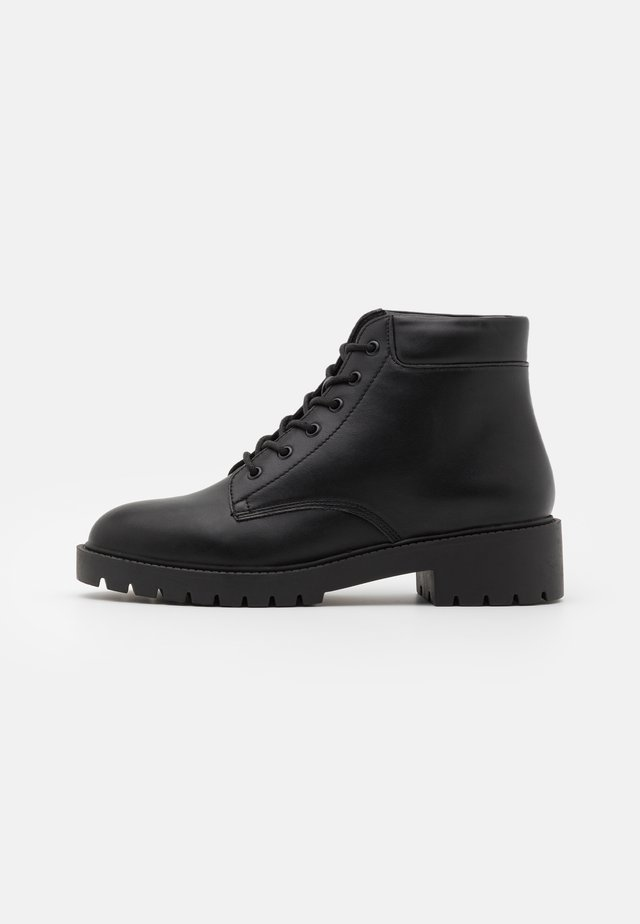 WIDE FIT APRIL LACE UP  - Snørestøvletter - black