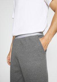 Pier One - LOUNGE HENLEY SHORTS - Pyjama bottoms - mottled dark grey - 4