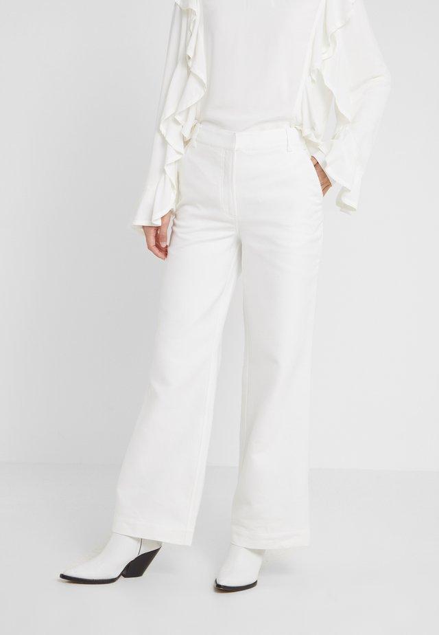 LETTA PANTS - Spodnie materiałowe - cream