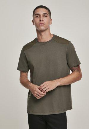 MILITARY - Print T-shirt - olive