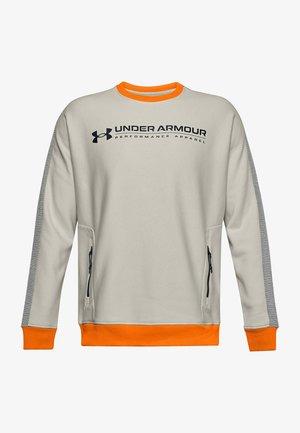 Sweater - summit white