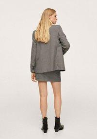 Mango - ADELE - Wrap skirt - schwarz - 2
