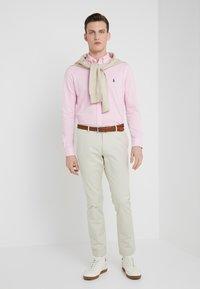 Polo Ralph Lauren - FEATHERWEIGHT MESH SHIRT - Košile - carmel pink - 1