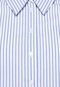 Opus - FEORGIA - Button-down blouse - blue mood - 6