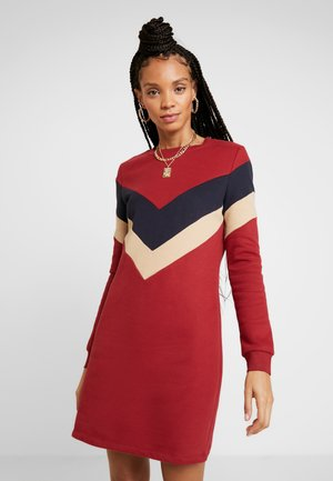 ONLDAKOTA O NECK DRESS - Day dress - merlot/night sky