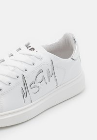 MSGM - SCARPA DONNA WOMANS SHOES - Zapatillas - silver - 4