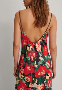 NA-KD - Maxi dress - multicolor - 2