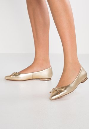 LEATHER BALLERINAS - Ballet pumps - gold