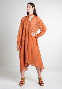 Mykke Hofmann - CHIF - Maxi dress - orange - 0