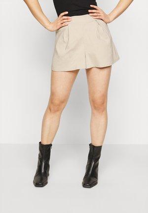 CULOTTE SHORT - Shorts - ivory
