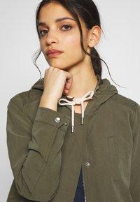 ONLY Petite - ONLNEW SKYLAR SPRING JACKET - Summer jacket - kalamata - 3