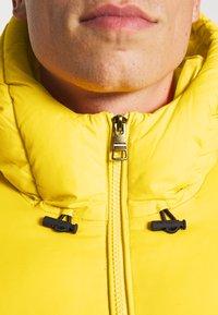 Tommy Hilfiger - HIGH JACKET - Winter jacket - amber glow - 5
