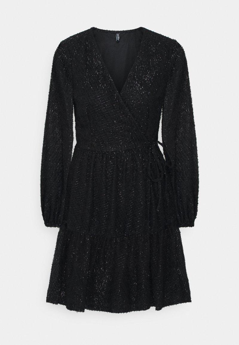 PIECES Tall - PCDWYN WRAP DRESS - Day dress - black