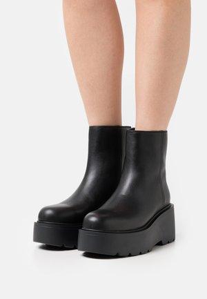 BAHIA TRONCHETTO LISCIO - Kotníkové boty na platformě - black