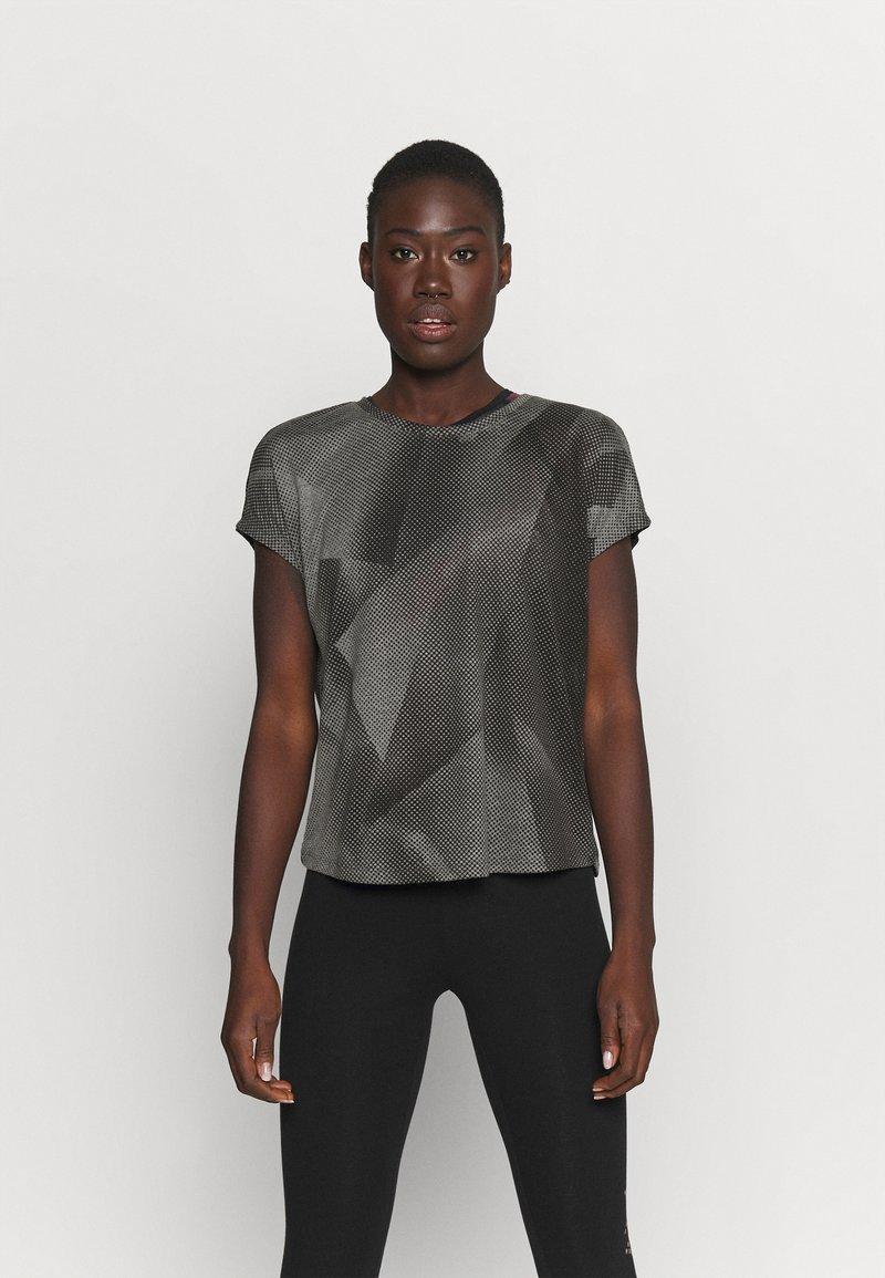 ONLY Play - ONPFAN  - Print T-shirt - black