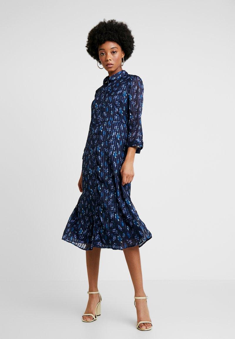 YAS - YASRICHA 3/4 MIDI DRESS - Shirt dress - navy blazer