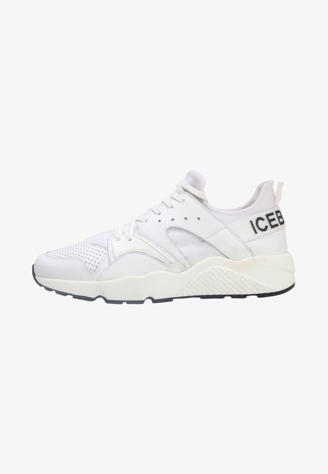FIU  - Sneakers basse - white