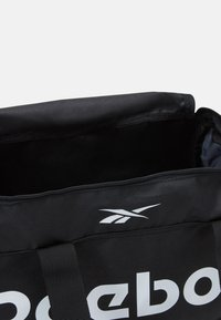 Reebok - ACT CORE GRIP - Sports bag - black - 3