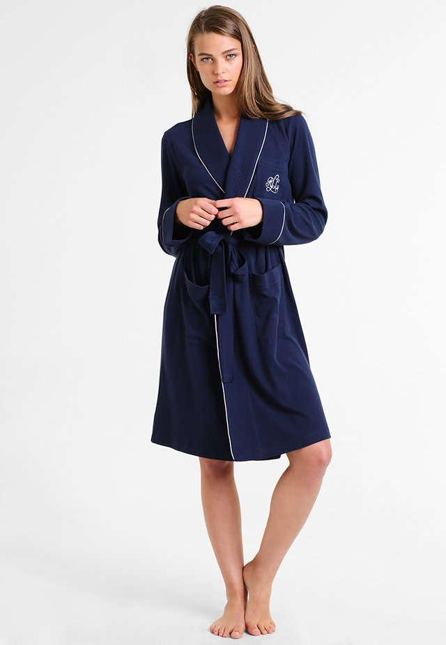 ESSENTIALS COLLAR ROBE - Dressing gown - windsor navy