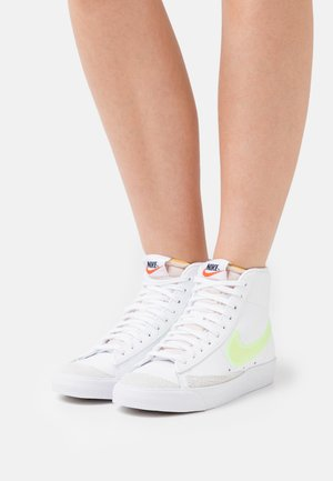 BLAZER MID '77 - High-top trainers - white