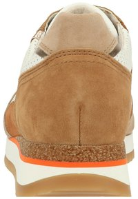 Gabor - Sneaker low - weiss/beige k(rex) - 2