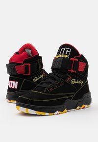 Ewing - 33 BIG PUN - High-top trainers - black/yellow/red - 5