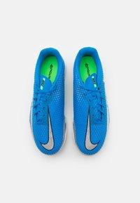 Nike Performance - JR PHANTOM GT ACADEMY TF UNISEX - Fodboldstøvler m/ multi knobber - photo blue/metallic silver/rage green - 3