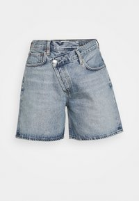CRISS CROSS SHORT - Denim shorts - momentum